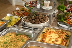 Juhlapöydän ruokia
