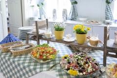Tyky-päivän ruokapöytää